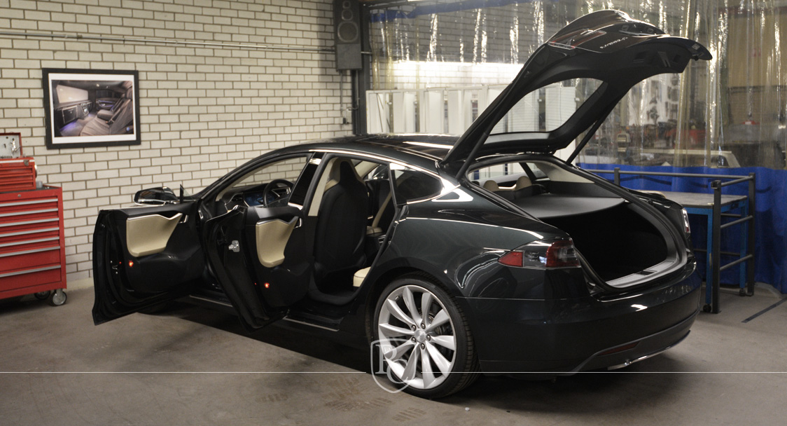 Full Electric Shooting Brake based on the Tesla Model S